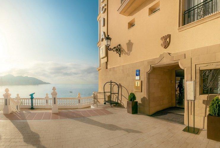Façade hôtel villa venecia boutique benidorm