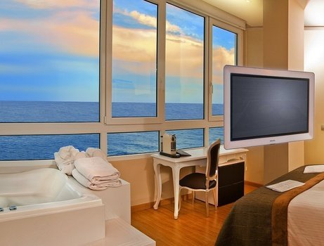 Jacuzzi Yacht Club 'Sea View' Villa Venecia Boutique - Benidorm